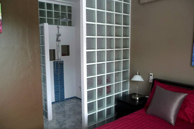Eden Studio Photo Gallery With Balconies On Chaweng Noi In Villa